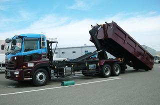 産業廃棄物 収集運搬サービス